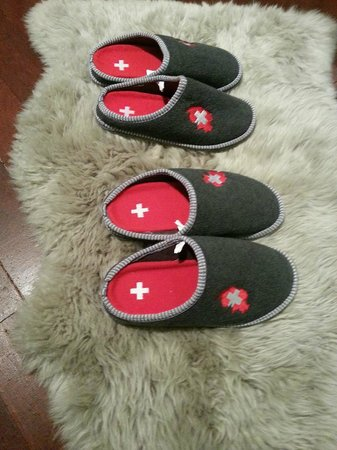 LOFT Malacca Guesthouse & Fusion Cafe: In room slippers  special made in Switzerland.