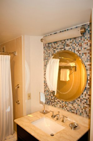 The Westshore Grand, A Tribute Portfolio Hotel, Tampa: Bathroom