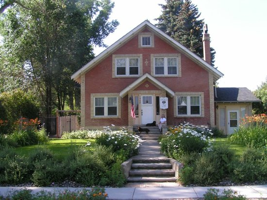 Robin's Nest Bed & Breakfast: Robin's Nest in Historic Cody WY