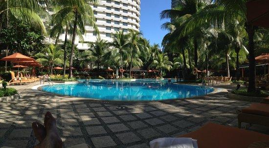 Edsa Shangri-La: Pool