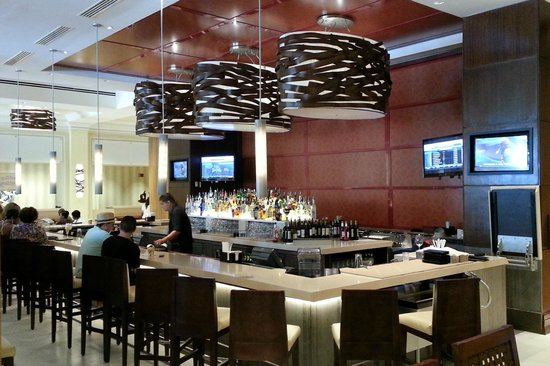 San Juan Marriott Resort & Stellaris Casino: Lobby bar