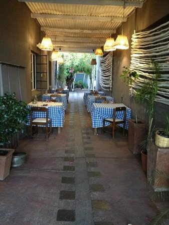 Le Must Restaurant: outdoors
