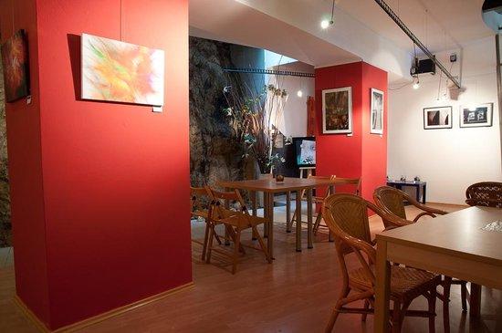 Galerie a kavarna pod Petrovem: Gallery