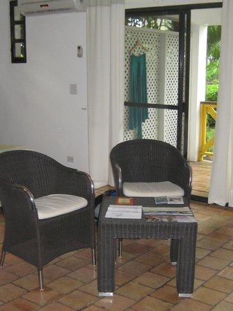 أناكونا بوتيك هوتل: seating area 