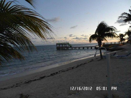 Divi Carina Bay All Inclusive Beach Resort : Beach