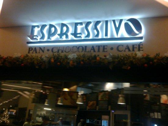 Espressivo Bistró: Espressivo Cafe, Currodabat.