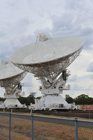 The Australia Telescope Compact Array: The arrays