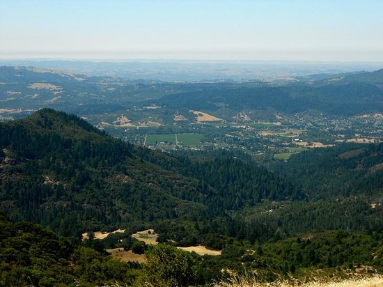Sugarloaf Ridge State Park: Sonoma Valley from Bald Mt.