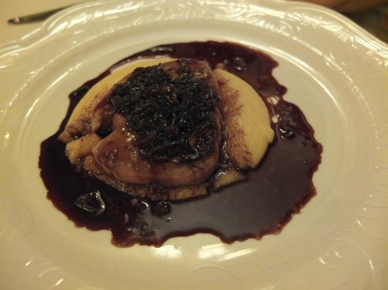 Ca'Sagredo Hotel: Foie gras on polenta with incredible sauce - you hadda be there!