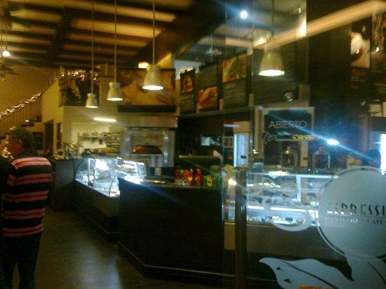 Espressivo Bistró: Espressivo Pan Cafe y Chocolate, Pinares de Curridabat, San Jose, Costa Rica