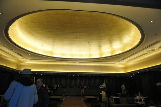 Pullman Brisbane King George Square: lobby