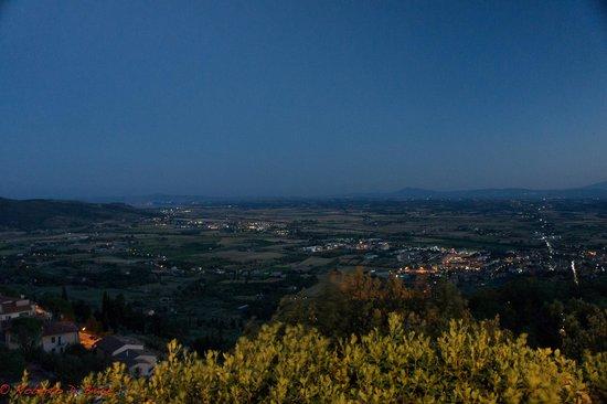 B&B Le Casine : Vista della valle da Cortona.