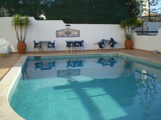 Agua Marinha: Pool area