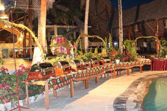 Palumboreef Beach Resort: buffet