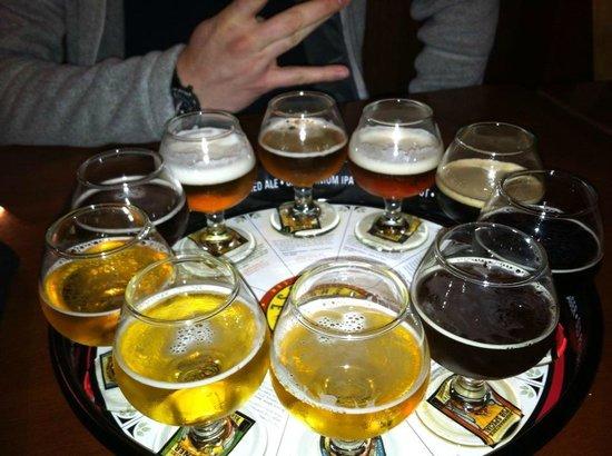 Auburn Alehouse : Beer sampler