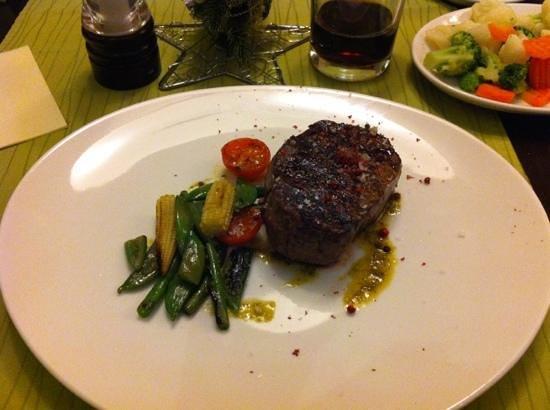 TOWERS Steak & Salad: my choice