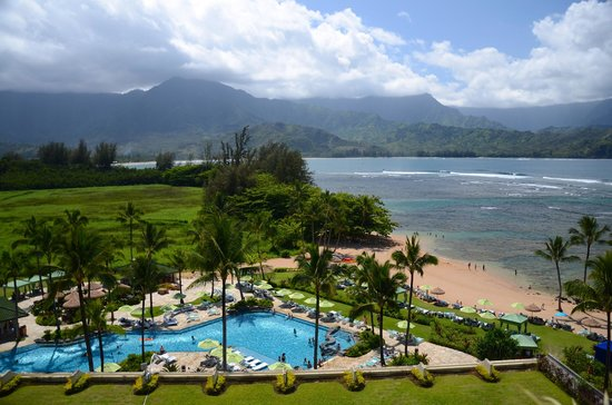 St. Regis Princeville Resort: Unbelievable view to wake up to :-)