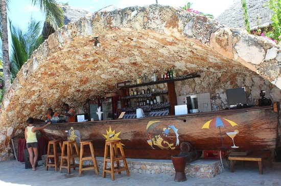 Palumboreef Beach Resort: bar in piscina
