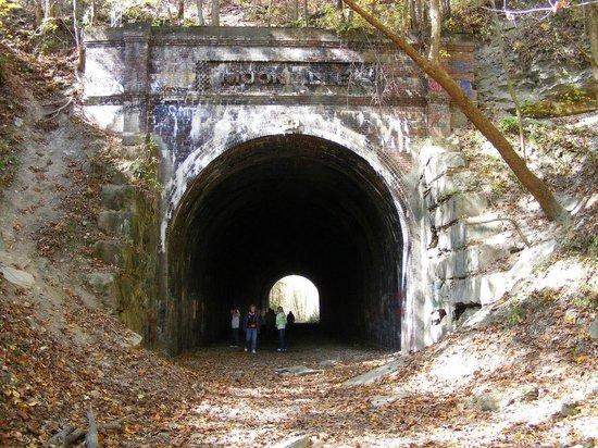 McArthur, OH: the haunted moonville tunnel