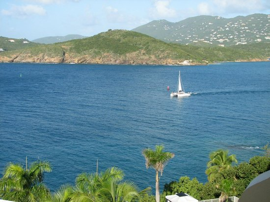 Frenchman's Reef & Morning Star Marriott Beach Resort: View of nearby islands and St Thomas mountains