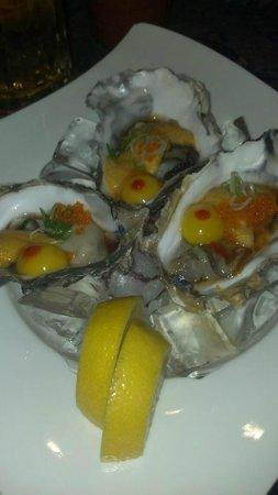 Hana Sushi: Oysters