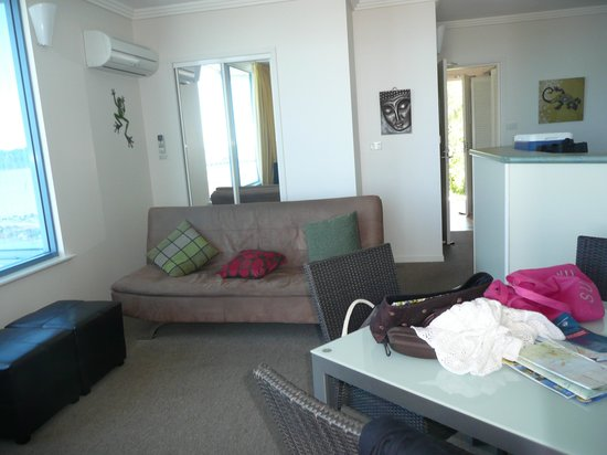 at Whitsunday Vista Resort: Comfortable living area