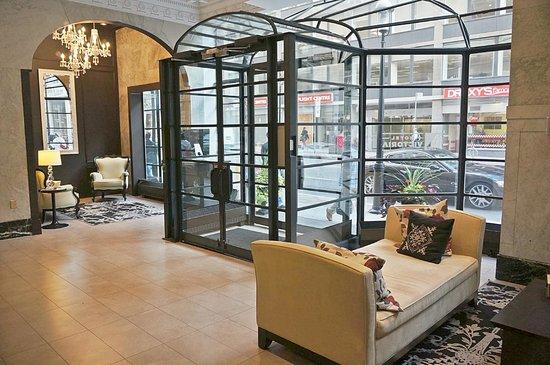 هوتل فيكتوريا: Hotel Victoria Lobby