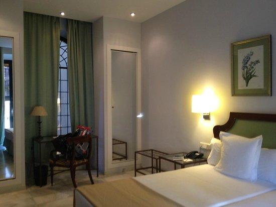 Hotel San Gil: Room on 2nd Floor