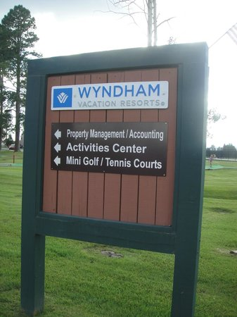 Wyndham Pagosa: Resort sign