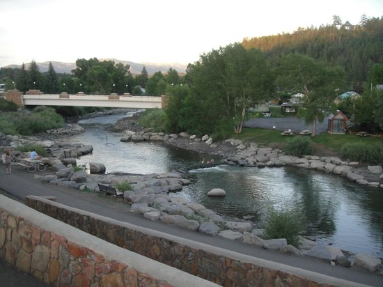 Wyndham Pagosa: Hot Springs river