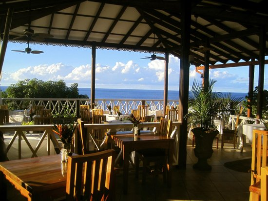 Ti Kaye Resort & Spa: Main DIning Area
