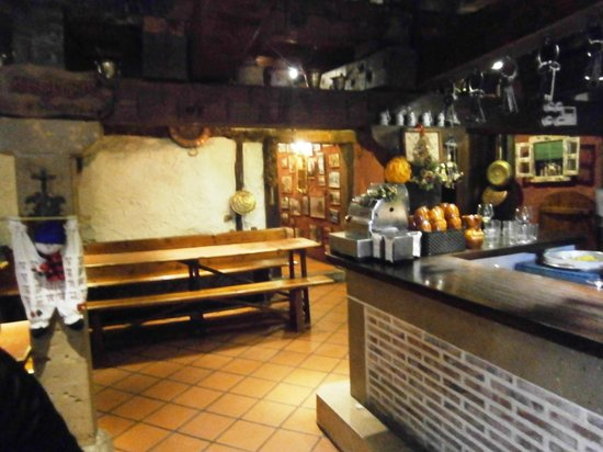 Saldana, Испания: El Bodegón