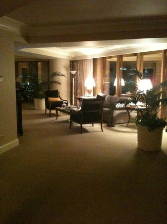 Four Seasons Hotel Las Vegas: The Presidential Suite