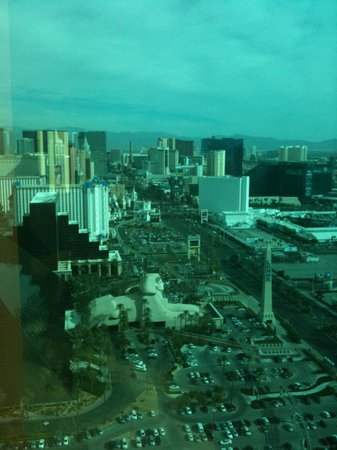 Four Seasons Hotel Las Vegas: View of the Strip from the Presidential Suite