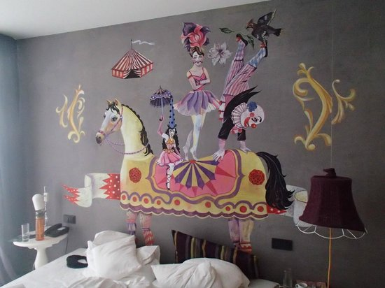 25hours Hotel at MuseumsQuartier: What circus motif?  We were told our room didn´t have any...!