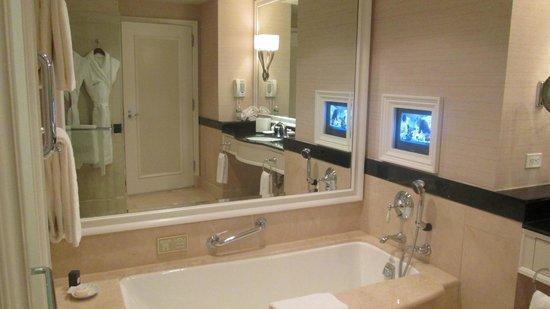 bathroom vanity - Picture of The Peninsula New York, New ...
