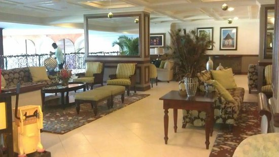 Beaches Ocho Rios Resort & Golf Club: WOW WHAT A RECEPTION AREA