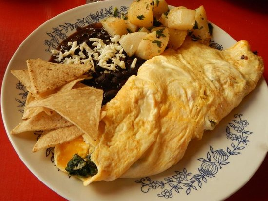 Dan's Cafe Deluxe : Huge and awesome veggie omelet