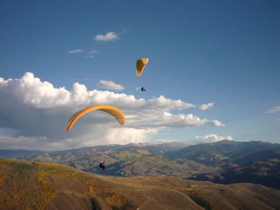 Vail Valley Paragliding Tandem Adventures: Awesome Tandem Flights.