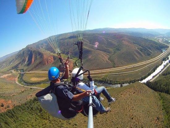 Vail Valley Paragliding Tandem Adventures: Enjoy Panoramic Views of our Beautiful Valley