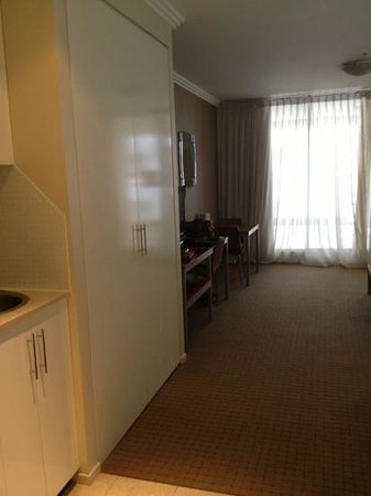 APX Apartments Darling Harbour: with wardrobe and dining area (for 2)