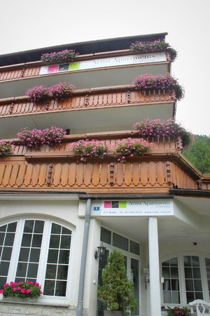 Artist-Apartments & Hotel Garni: The exterior of the apartments