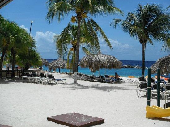 Renaissance Curacao Resort & Casino: zona de playa