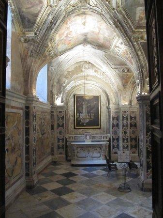Duomo di Sant'Andrea Apostolo: inside