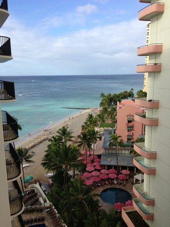 Outrigger Waikiki Beach Resort: View from hotel balcony
