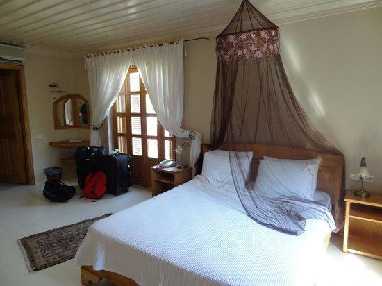 Jade Residence: Room