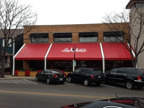 Lou Malnati's Pizzeria : from the street