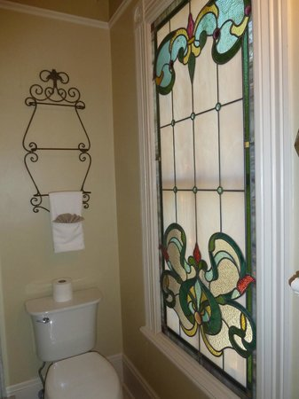The Cedar House Inn: very pretty stained glass in the bathroom of the Gables room