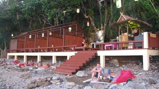"""Crown Lanta Resort & Spa: The waterside """"Jamaican Bar"""" to watch sunset"""