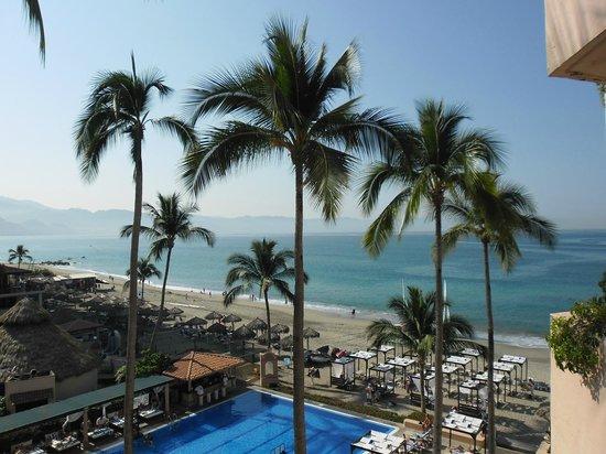 Crown Paradise Golden Resort Puerto Vallarta: VISTA DESDE HABITACIÓN